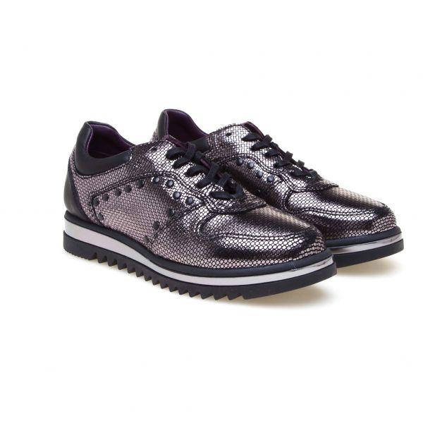 Greyder Sneaker mit Nieten und kontrastfarbener Laufsohle
