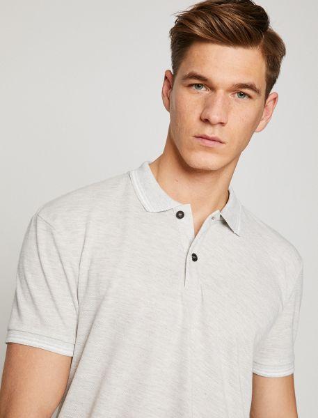 KOTON Poloshirt mit dezenten Streifen an Kragen und Ärmelbündchen