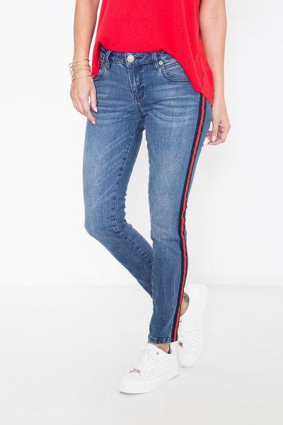 ATT JEANS Slim-Fit Jeans mit sportivem Dekoband auf der Seitennaht Leoni