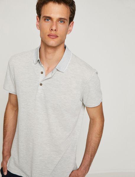 KOTON Poloshirt mit hellem Rand an Kragen und Ärmelbündchen
