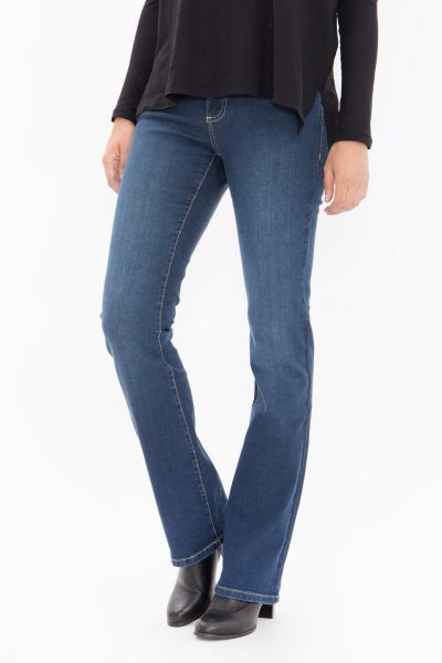 WAY OF GLORY Bootcut Jeans in cleaner Waschung Tamara