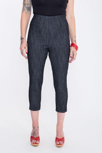 Capri Jeans »Wild & Free« mit angesagter Rosenstickerei Wild & Free