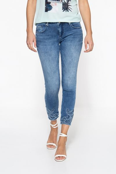ATT JEANS Slim Fit Jeans mit Stickereien am Saum Leoni