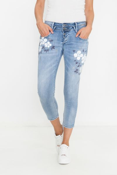 BLUE MONKEY Capri Jeans mit Blumen und Glanzapplikationen Blair 1905