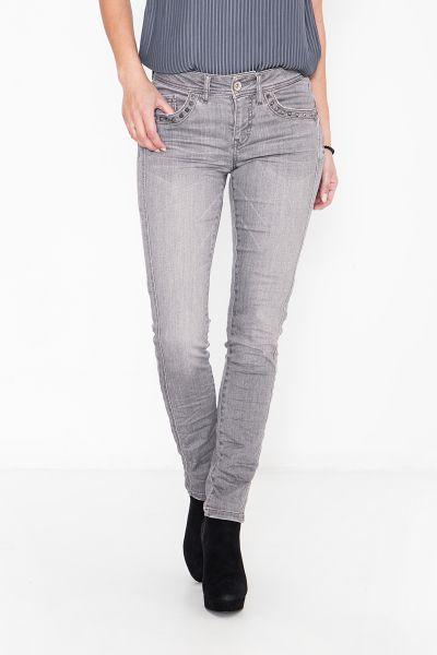 ATT JEANS Slim Fit Jeans mit Nietendetail an den Taschen belinda