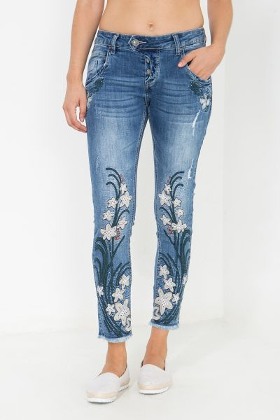 BLUE MONKEY Verkürzte  Skinny Fit Jeans mit Blumenapplikationen Manie 3881